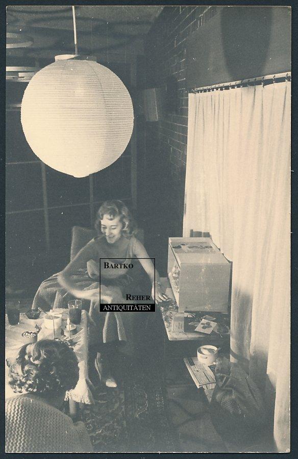 foto ca 1960 h bsches m dchen am radio teen girl wear petticoat ebay. Black Bedroom Furniture Sets. Home Design Ideas